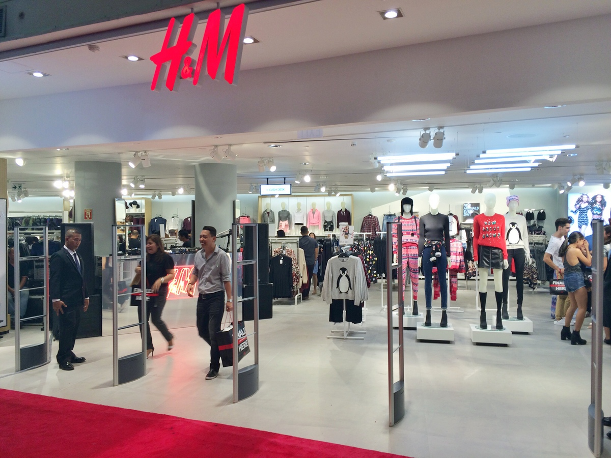 Cebu's first H&M Store is the biggest in the Philippines