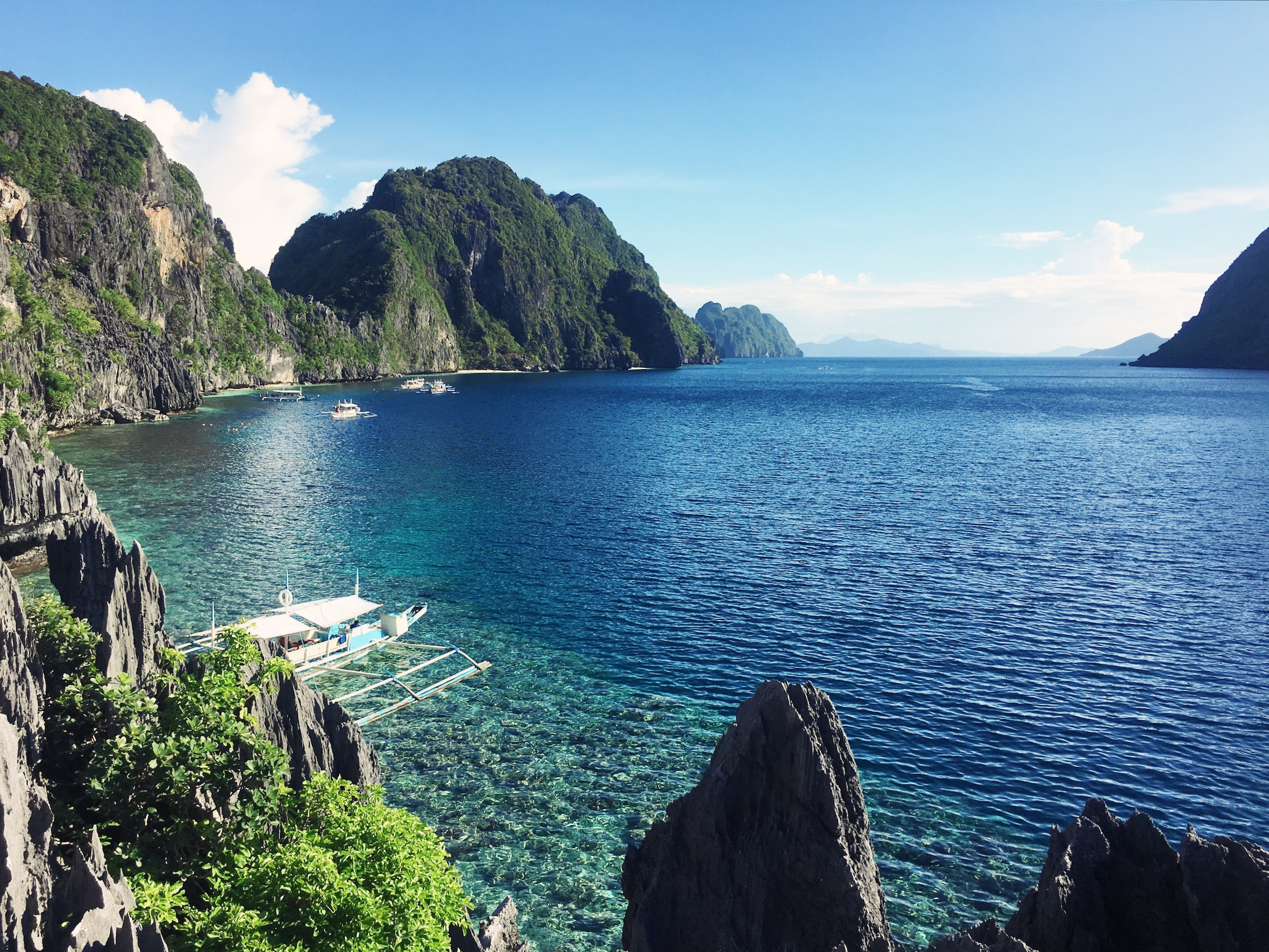 how to go to palawan island from manila